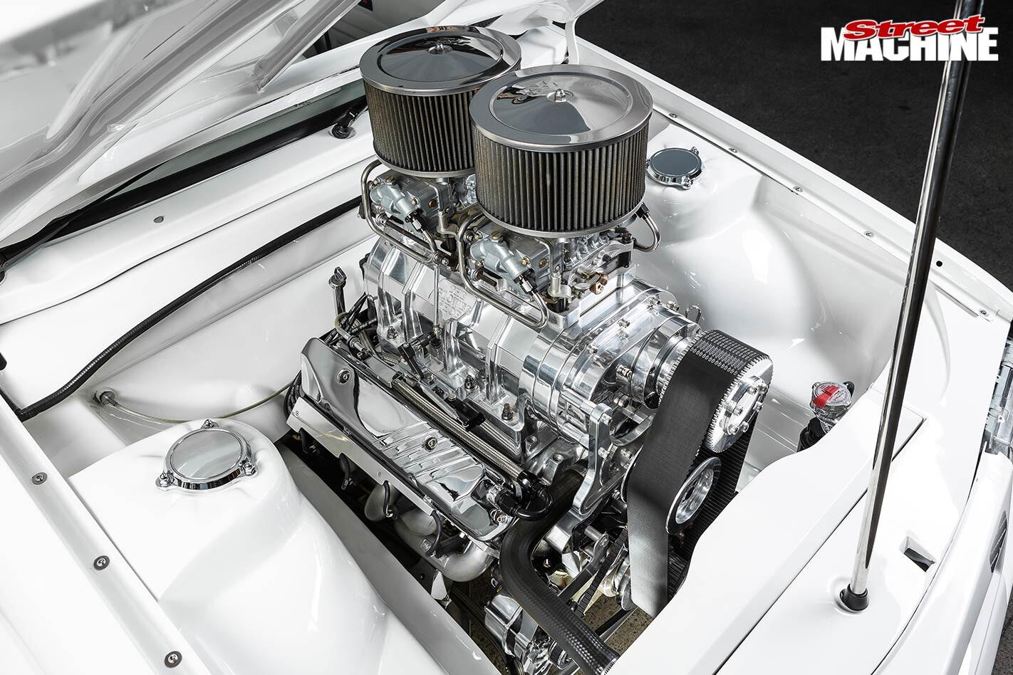 Holden VK engine bay