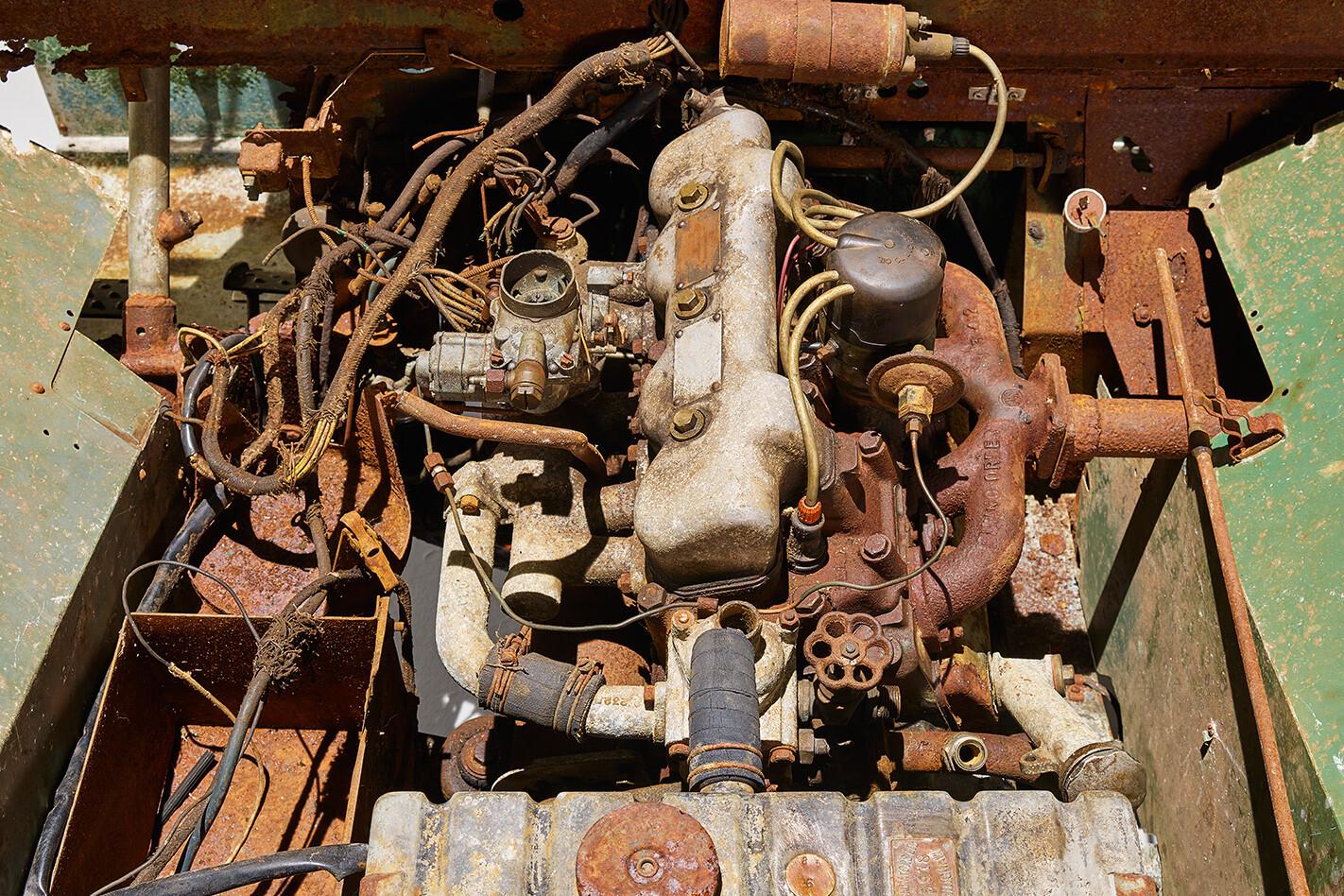 Land Rover Engine Jpg