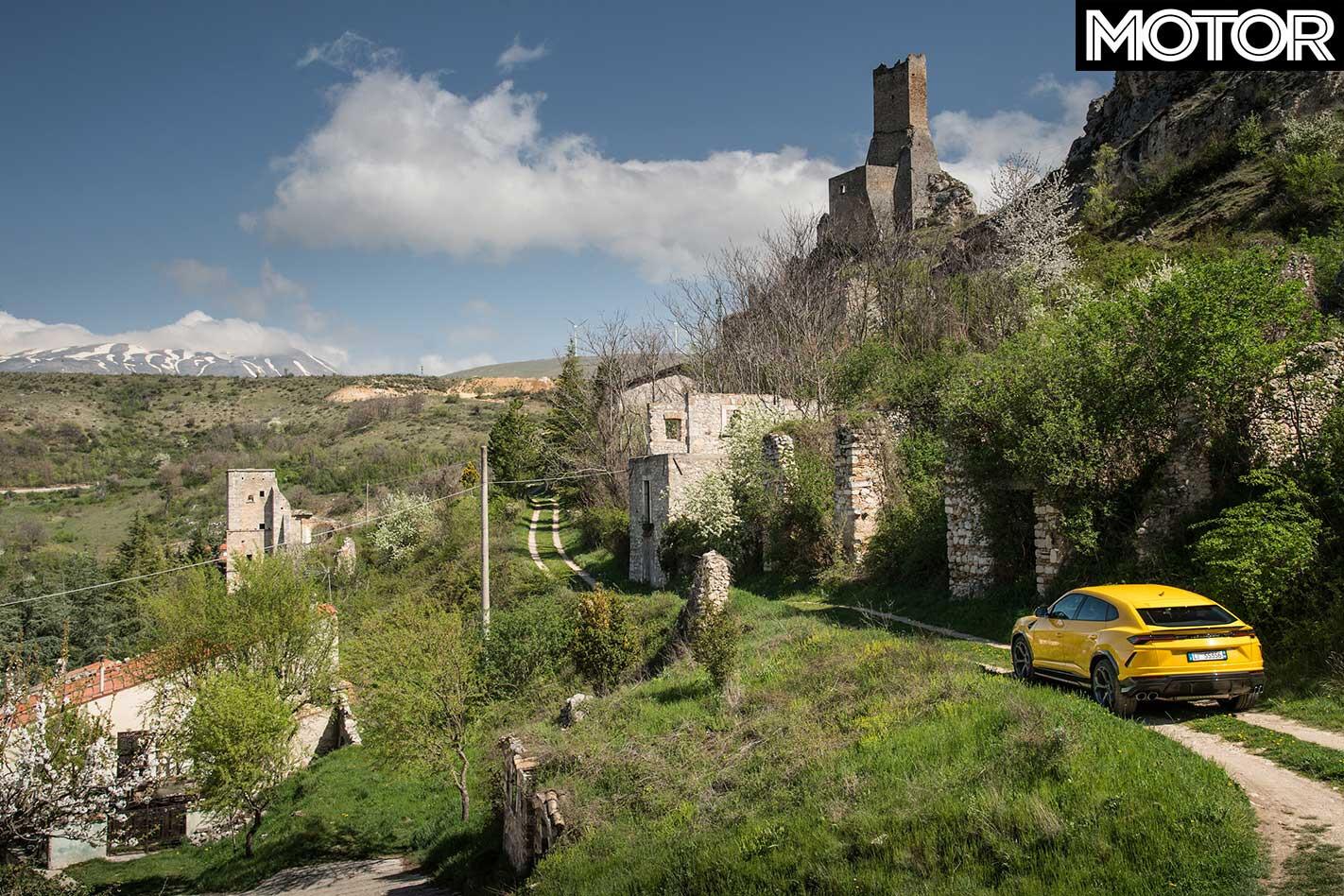 2018 Lamborghini Urus Countryside Review Jpg
