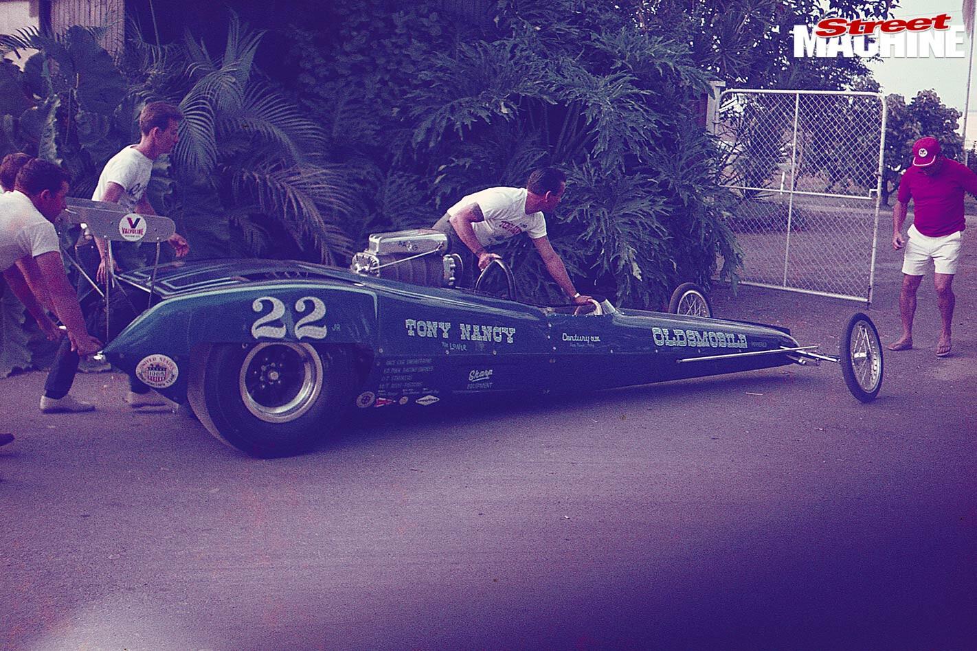 Stomper drag racing