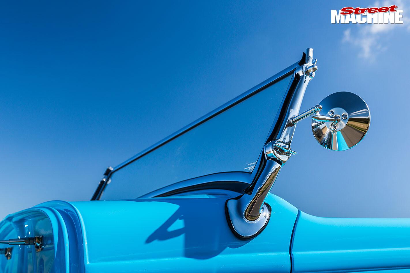 Ford Roadster windscreen