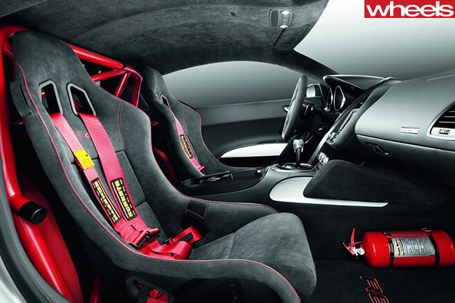 Audi -R8-sports -seats -interior