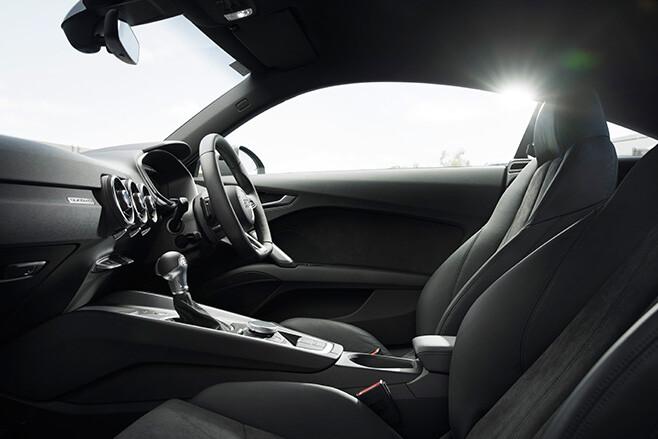Audi TT Sport quattro interior