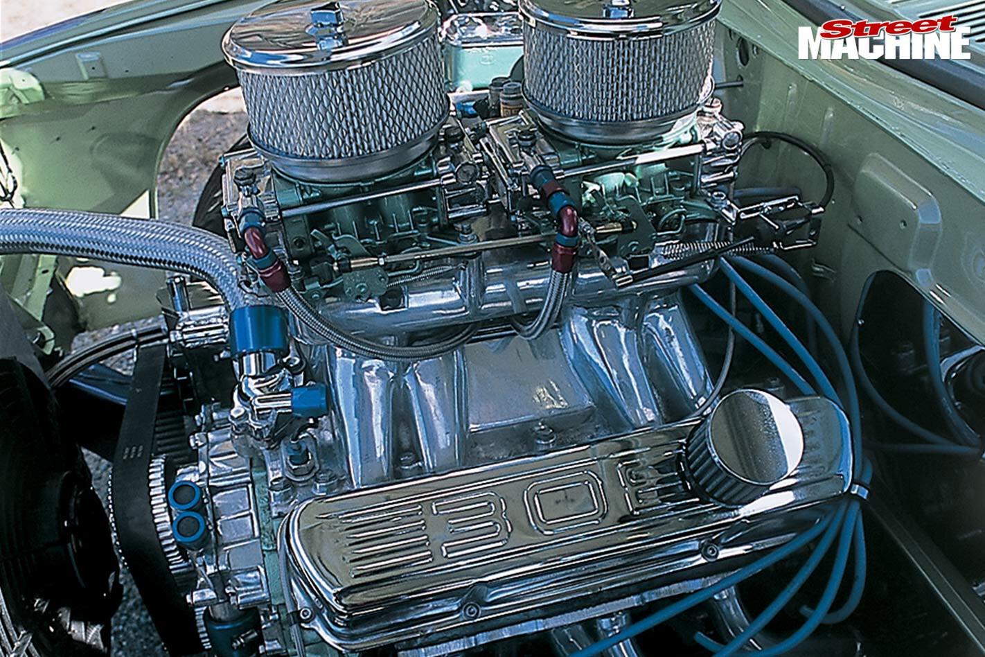 Holden HQ wagon engine