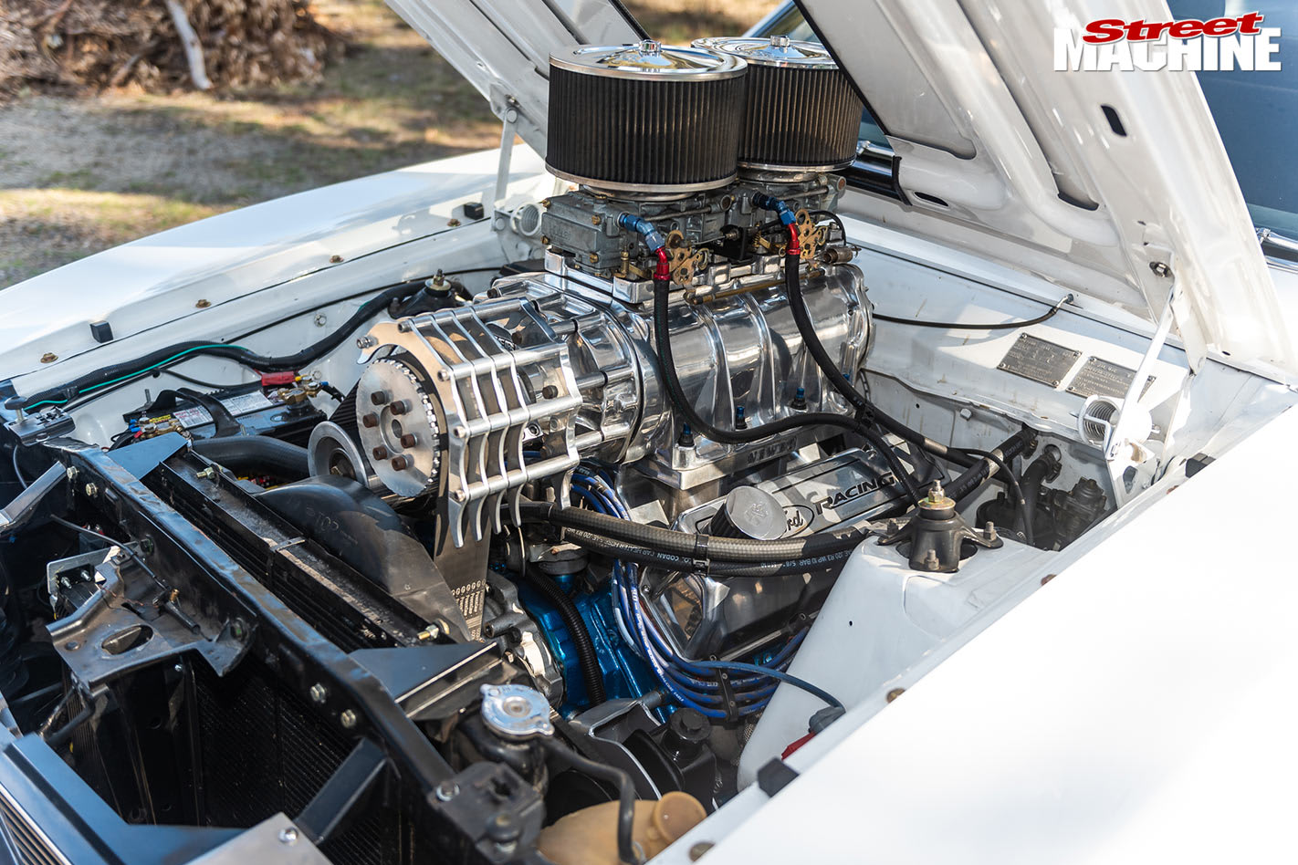 Ford XC ute engine bay