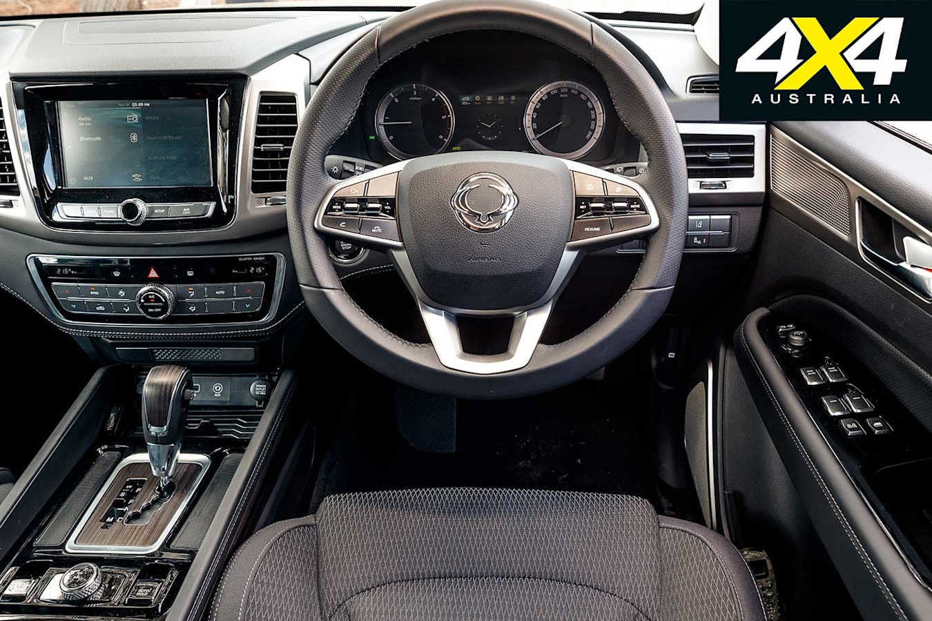 4 X 4 Of The Year 2019 Ssang Yong Rexton ELX Interior Jpg