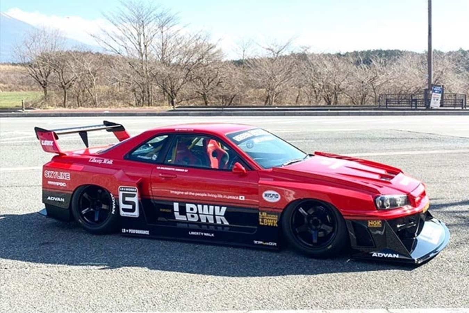 Liberty Walk Nissan R34 GT-R Super Silhouette