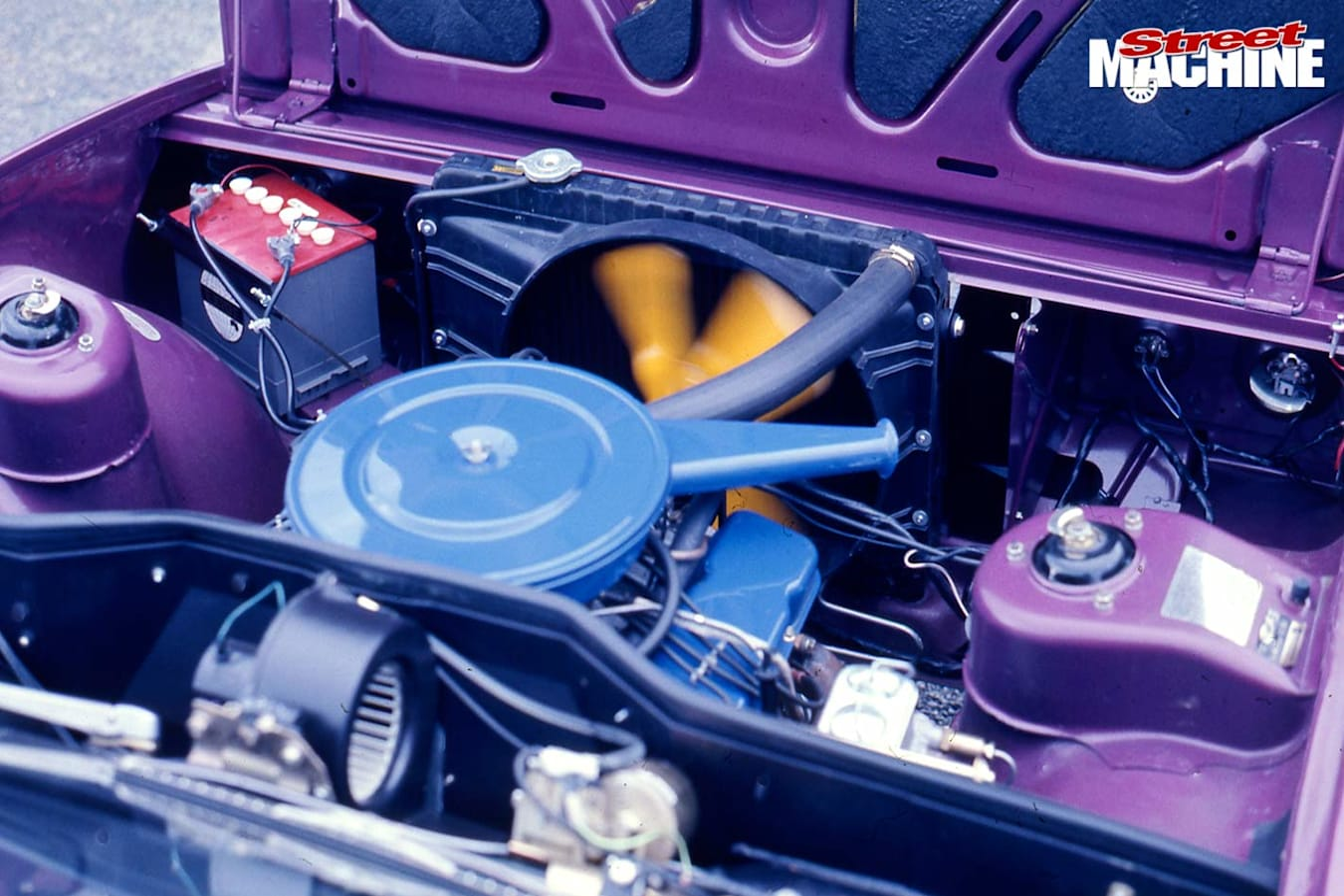 Leyland P76 engine bay