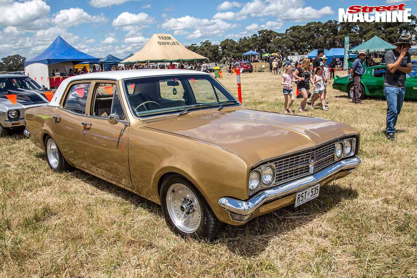 Holden Premier casterton street drags