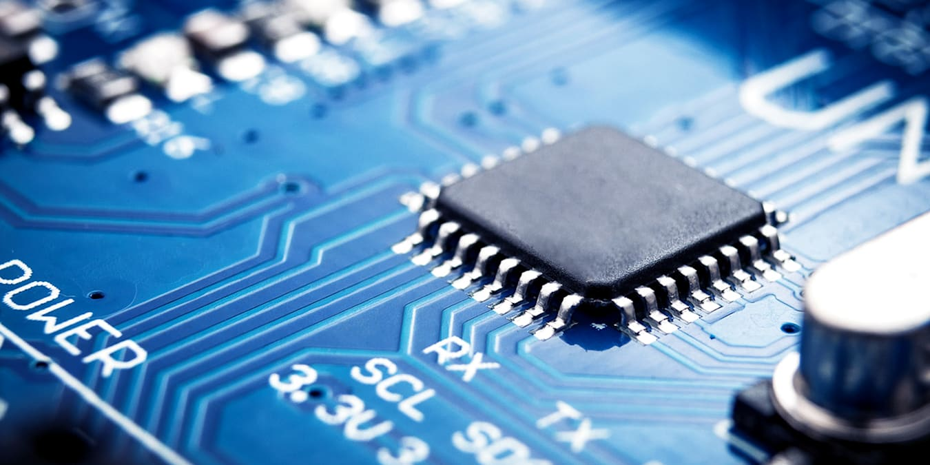 Electrical semiconductor shortage forces worldwide car production slow down