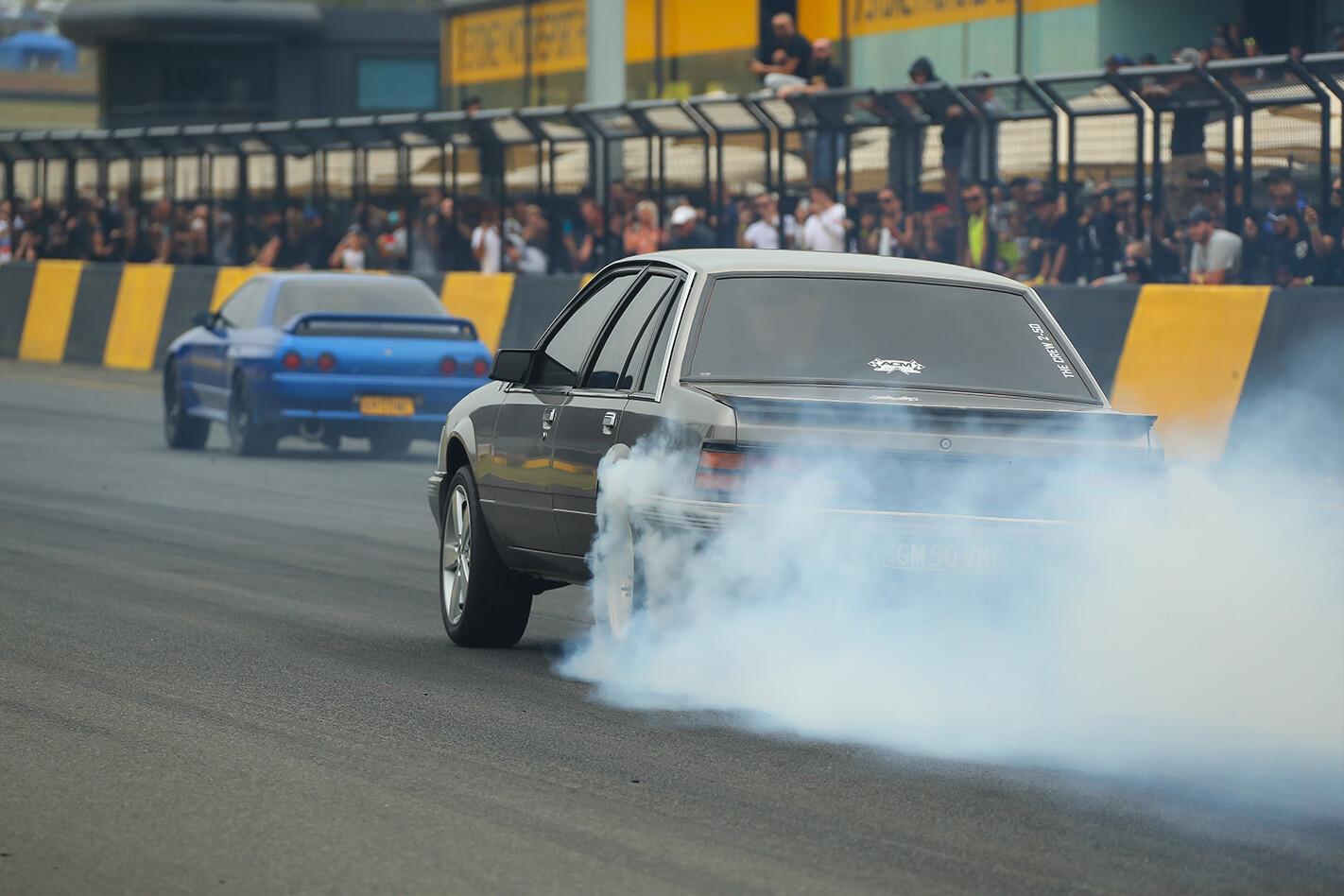 Holden Commodore vs GTR at Powercruise