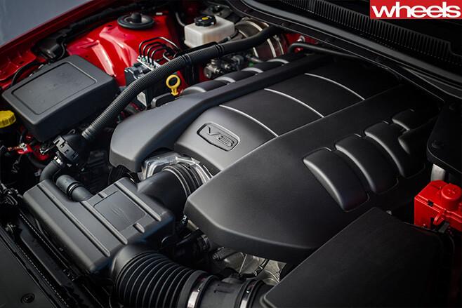 Holden -Commodore -VF-Series -2-engine-