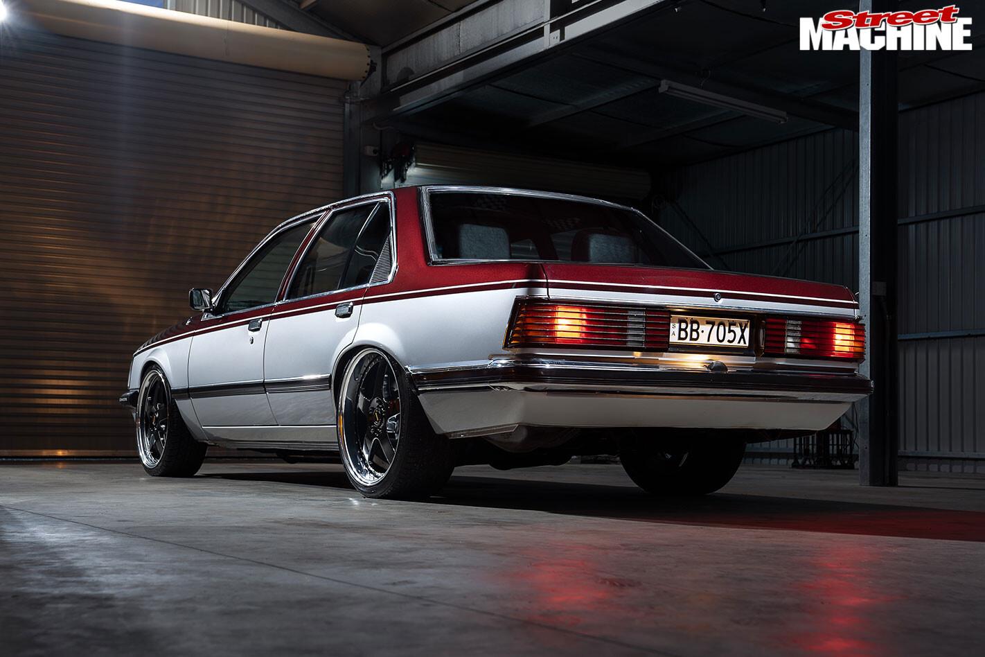 Holden VH Commodore SL/E