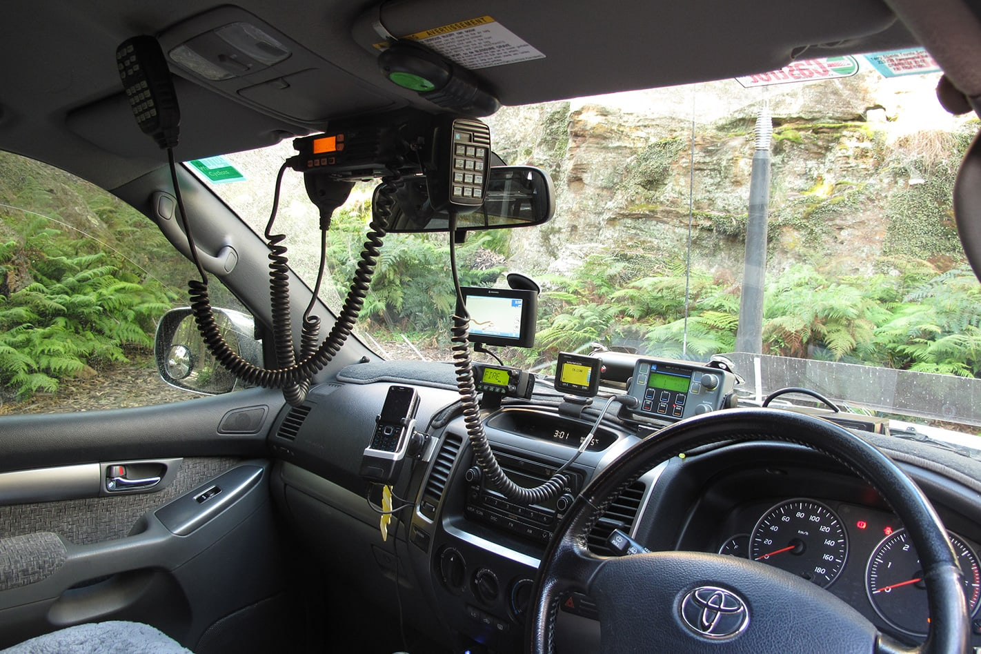 Toyota-Prado-GXL-cabin.jpg