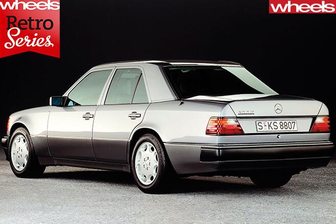 Mercedes -E500-rear