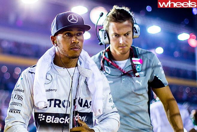 Lewis -Hamilton -walking