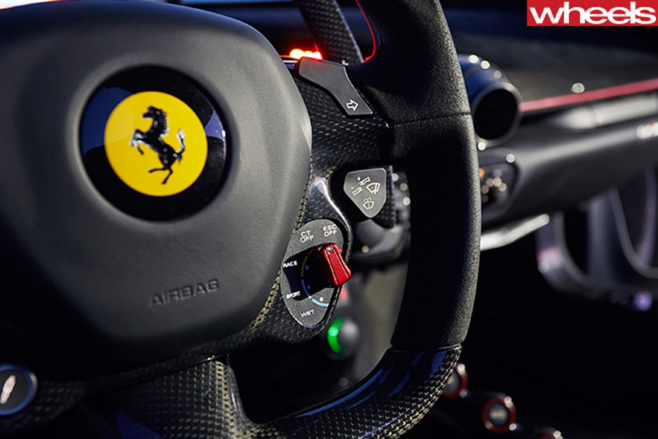 Ferrari -La -Ferrari -steering -wheel