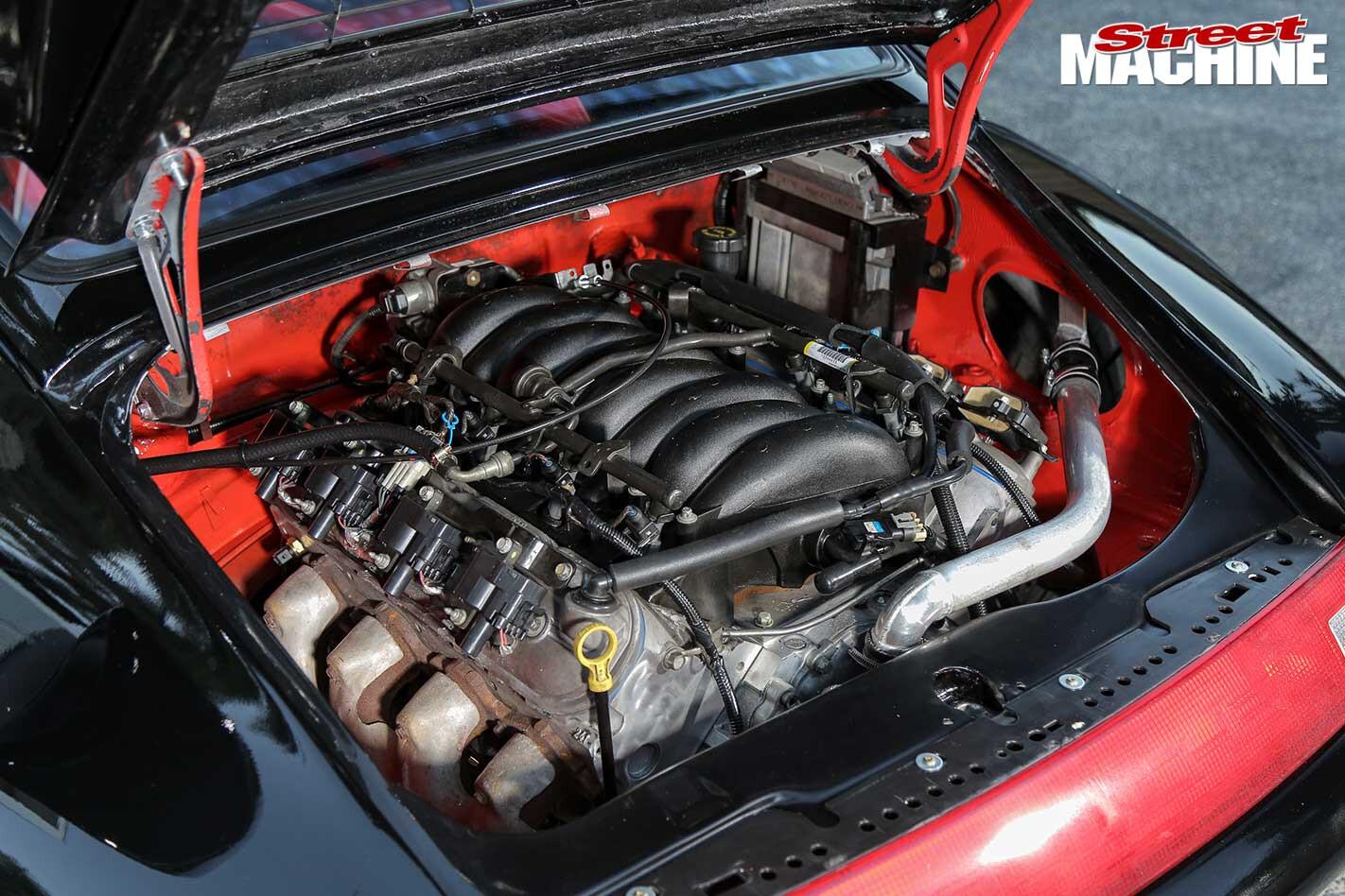 Porsche 911 engine bay