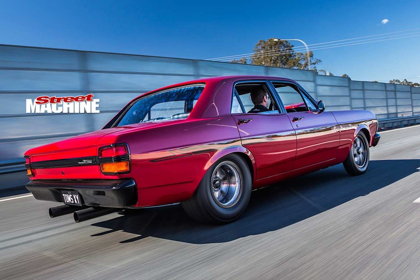 Ford XY Falcon onroad
