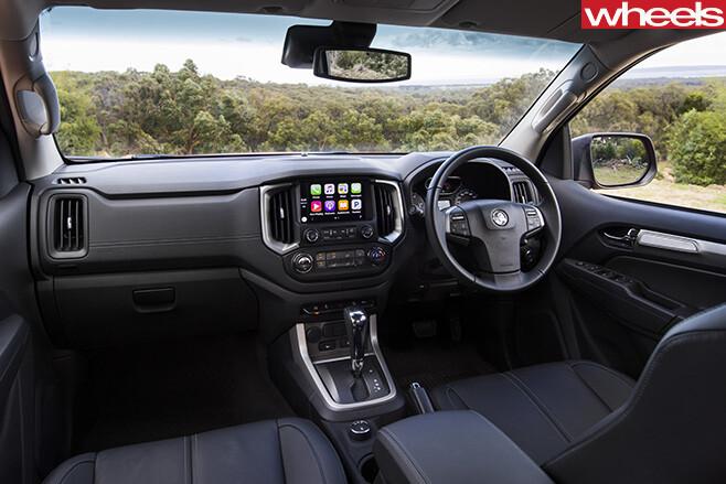 Holden -Trailblazer -SUV-interior