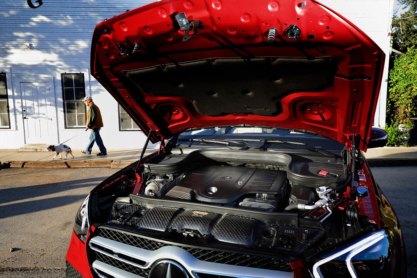 Mercedes Benz Engine Jpg