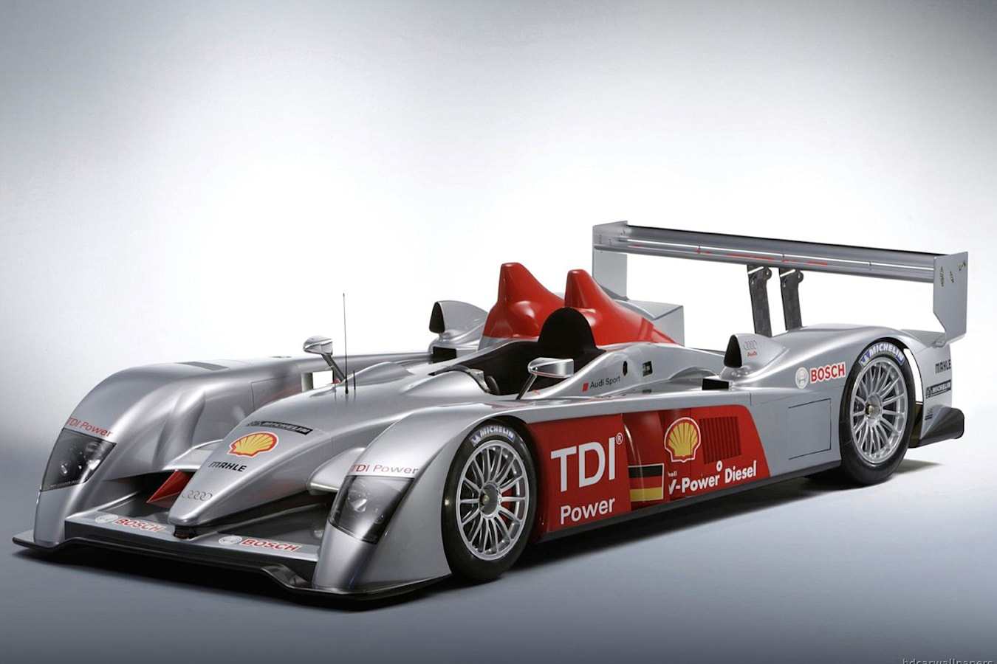 Tom Kristensen Audi R 8 Jpg
