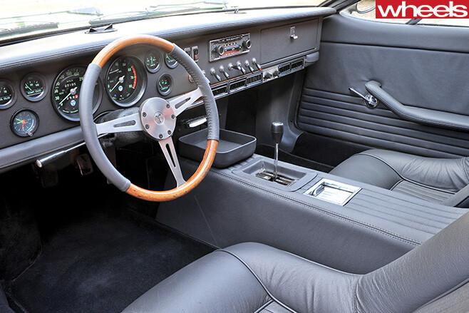 1967-De -Tomaso -Mangusta -interior