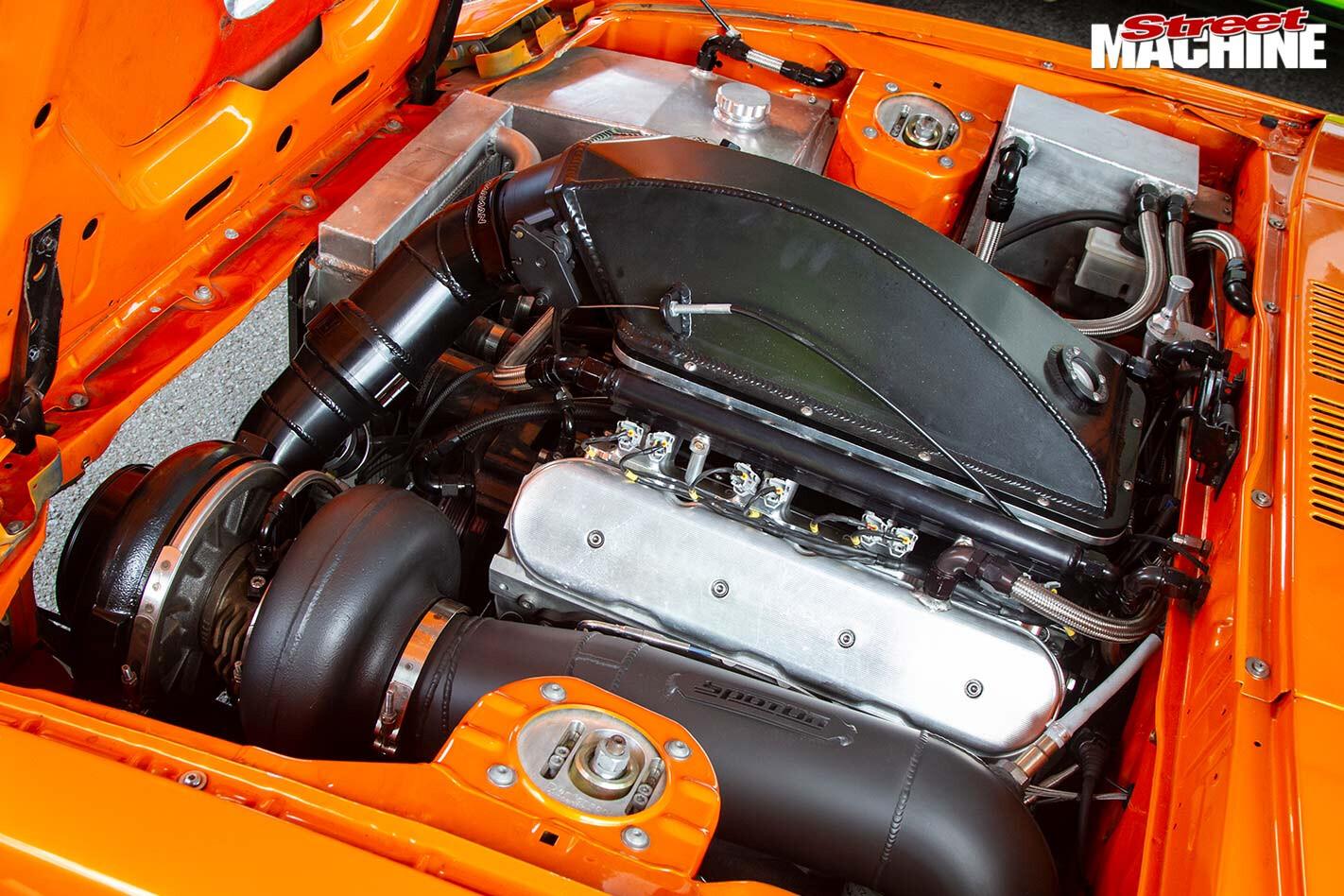 Mazda RX-7 engine bay