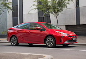2019 Toyota Prius Front Side Action Jpg