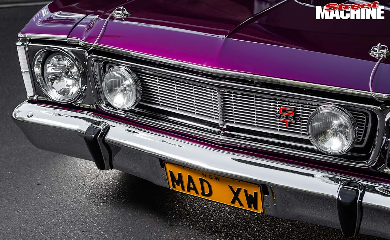 Ford XW Falcon grille