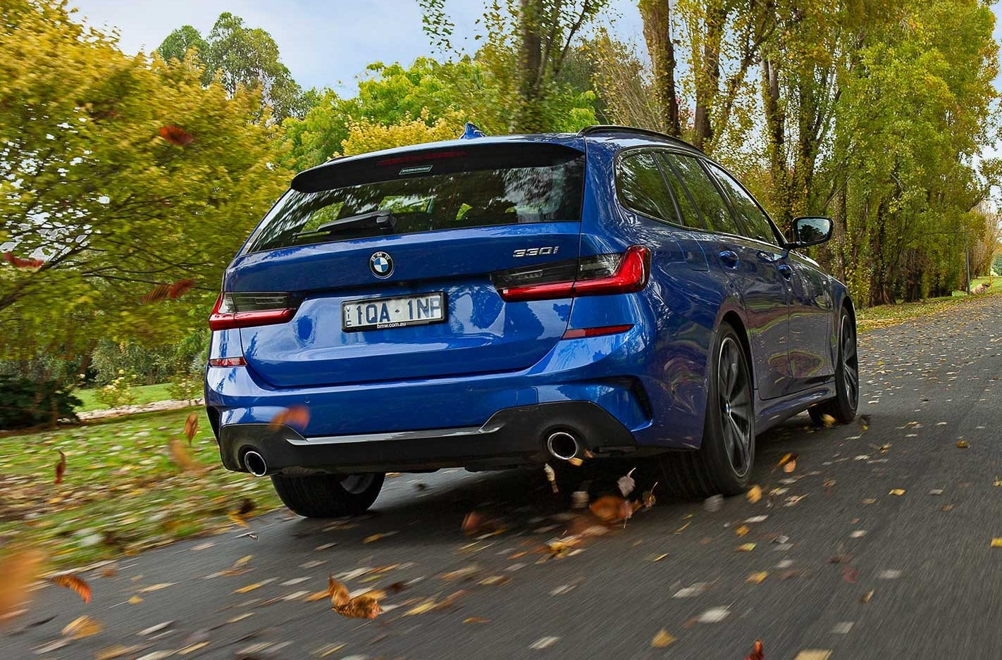 BMW 330i Touring review