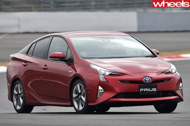 Toyota -Prius -driving -front