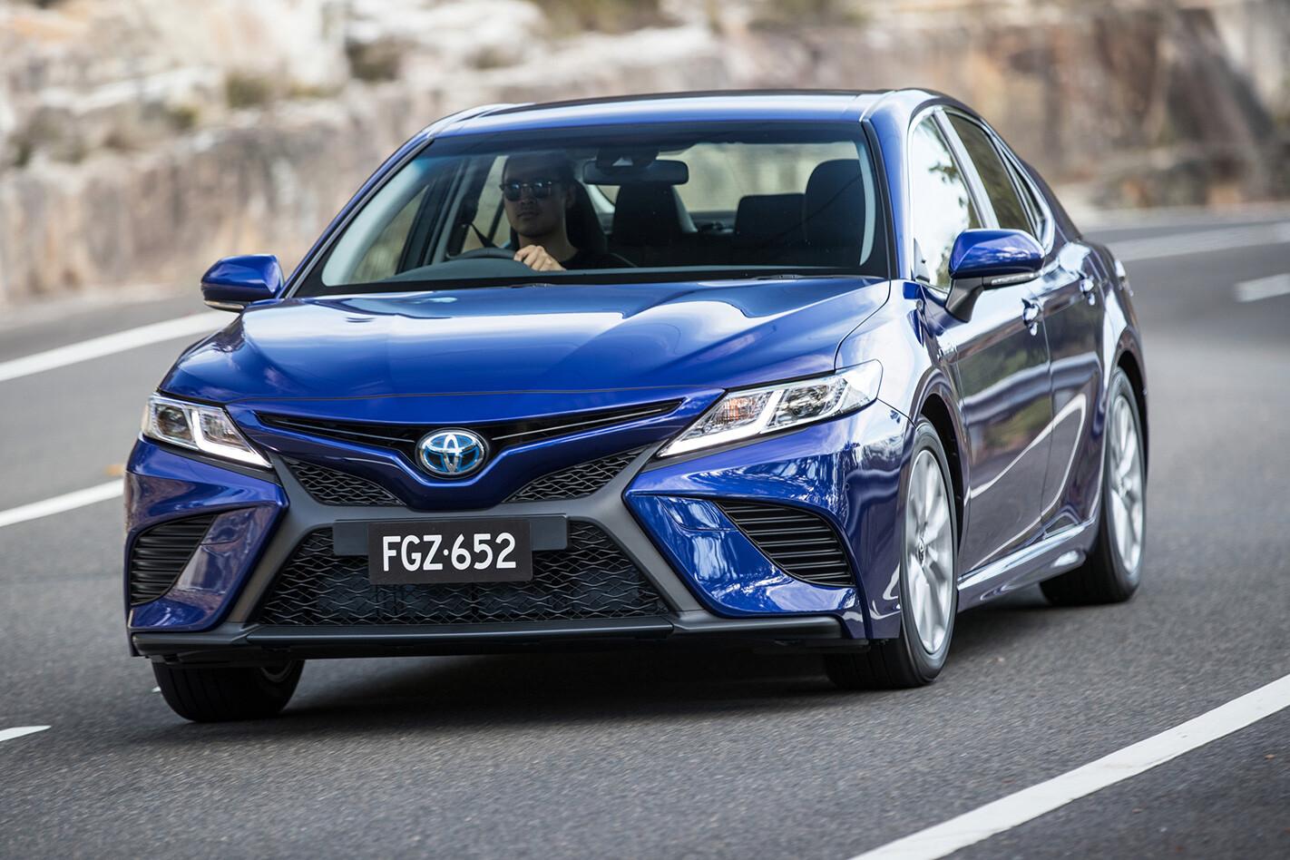 Toyota Hybrid Camry Jpg
