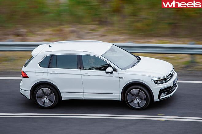 Volkswagen -Tiguan -R-Line -driving -top -side