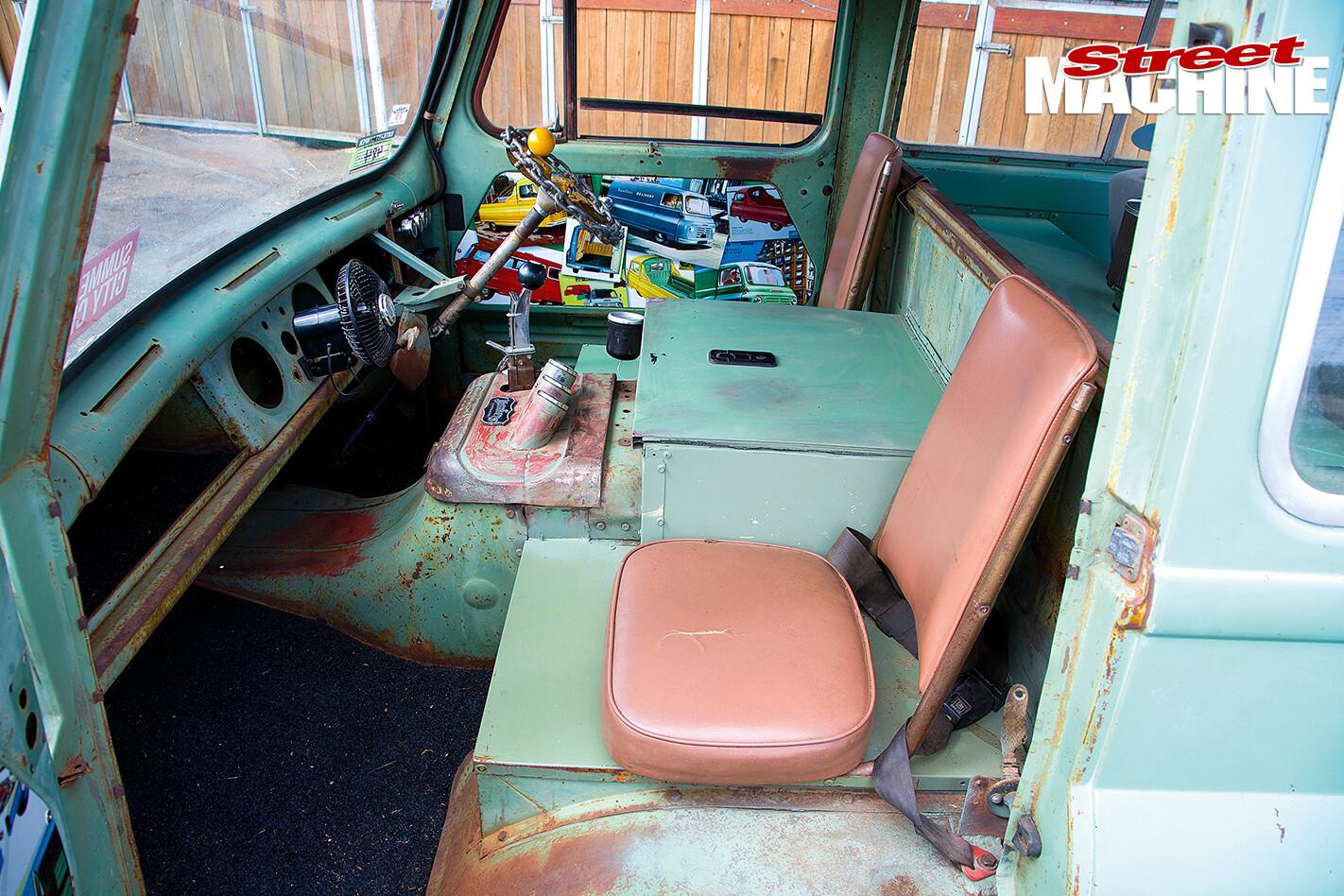 Slug -interior -passenger