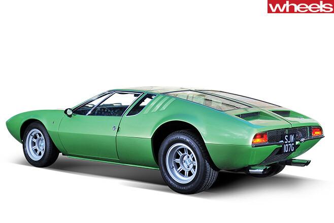 1967-De -Tomaso -Mangusta -rear -side