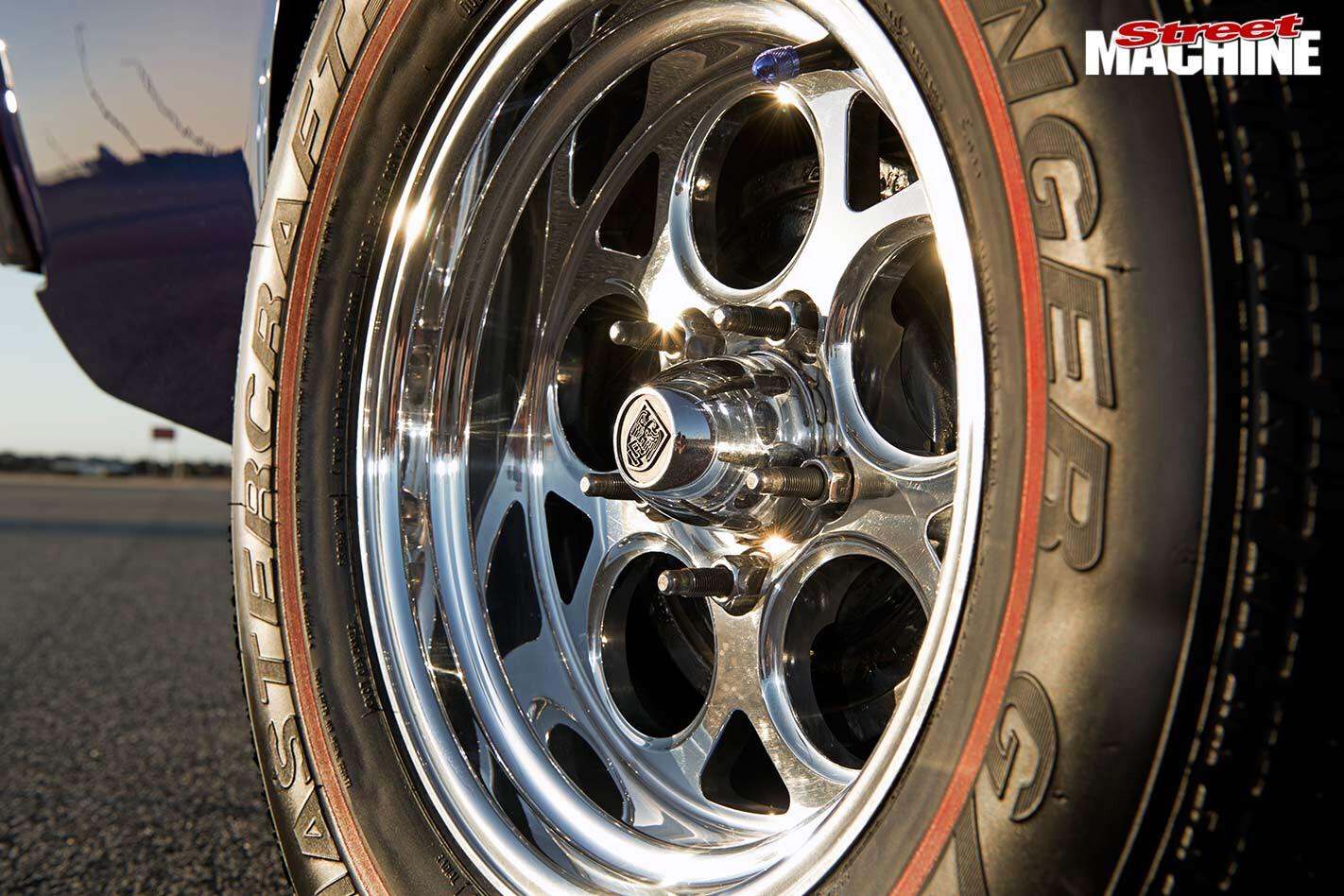 Holden HZ wheel