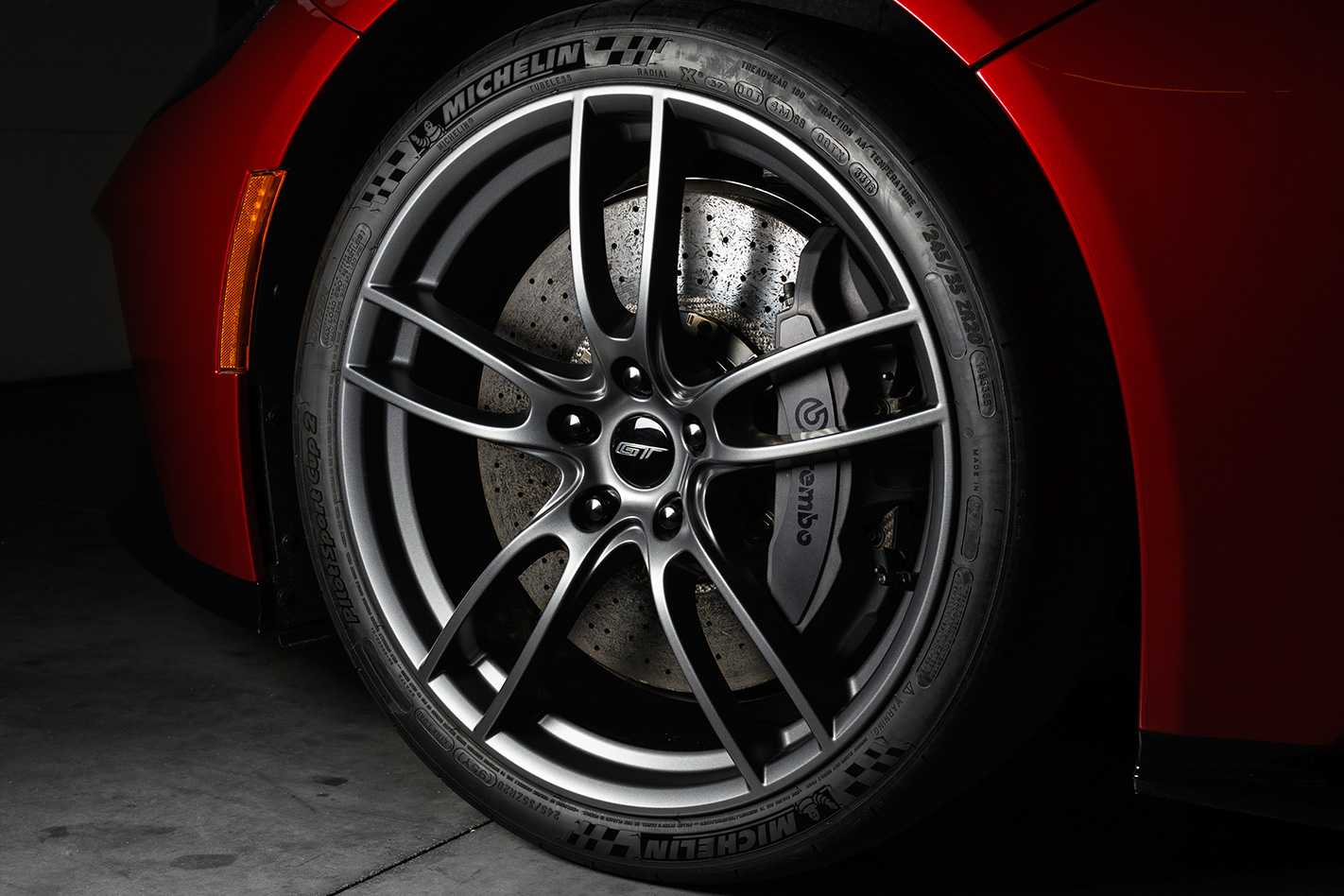2017 Ford Mustang GT red wheel