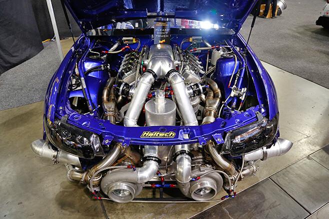 VT Commodore engine