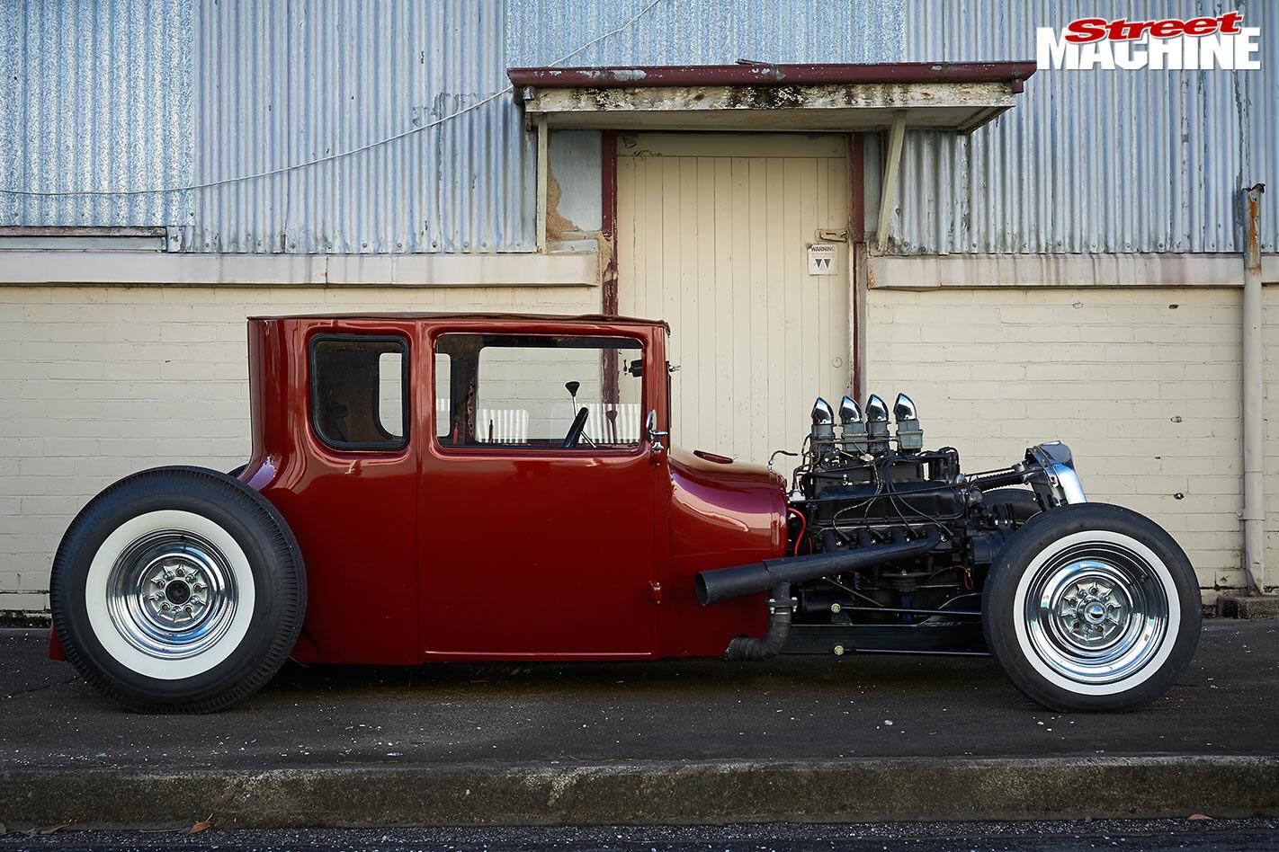 1927 Ford Model T side