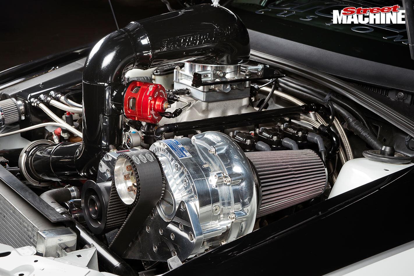 Holden VY engine