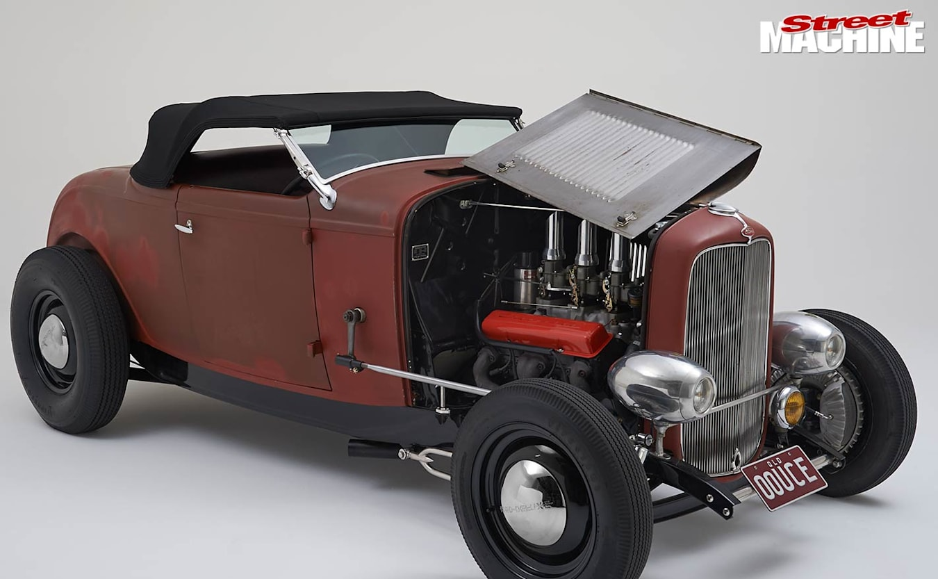1932 ford roadster bonnet up