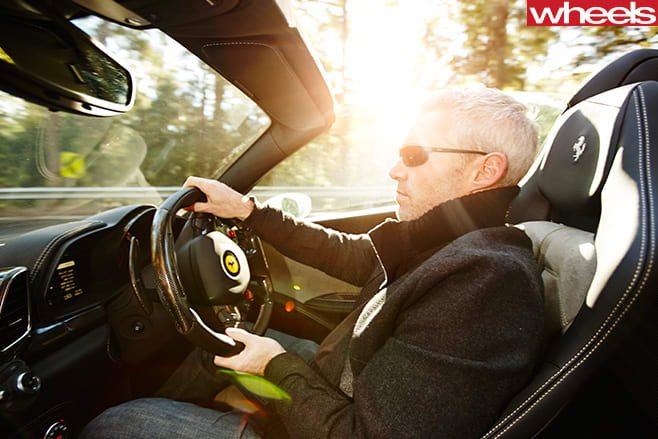 Ferrari -458-convertible -interior