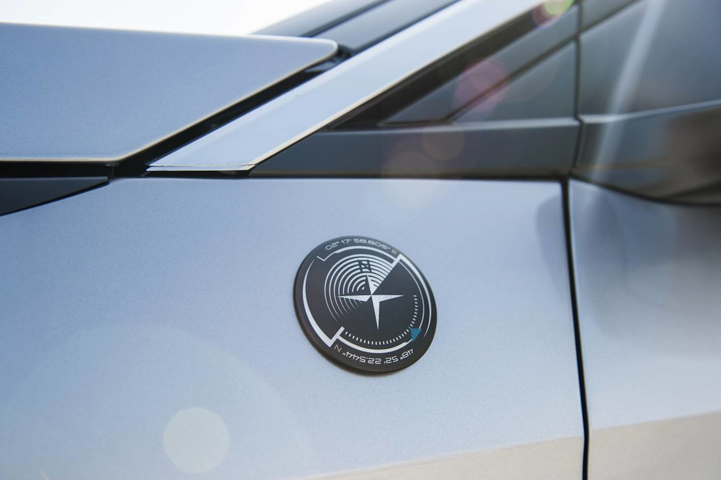 Peugeot crossway badge