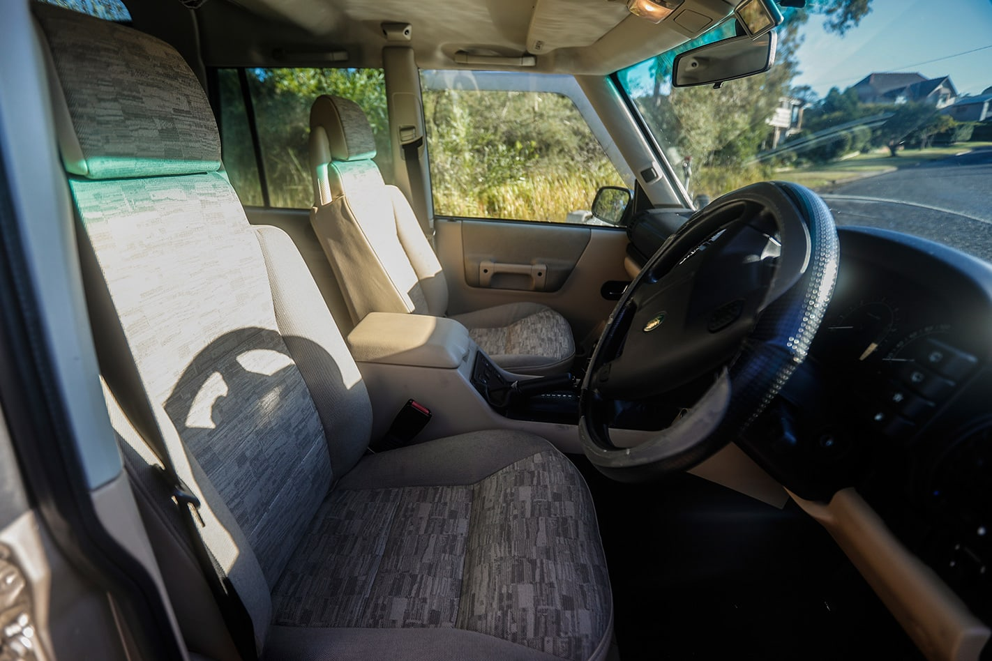 Land Rover Series 2 Discovery interior