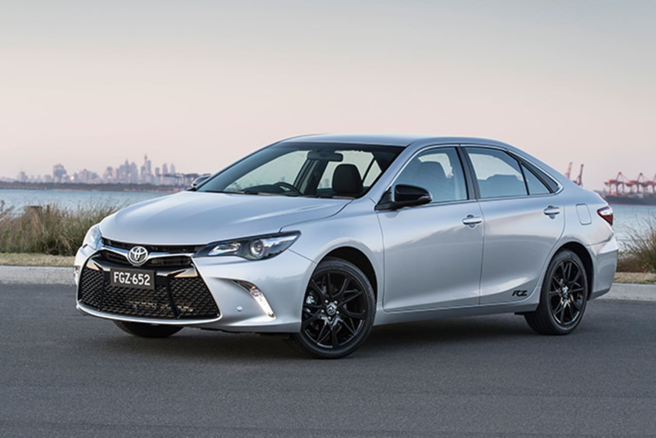 Toyota Camry Rz Front Side Jpg