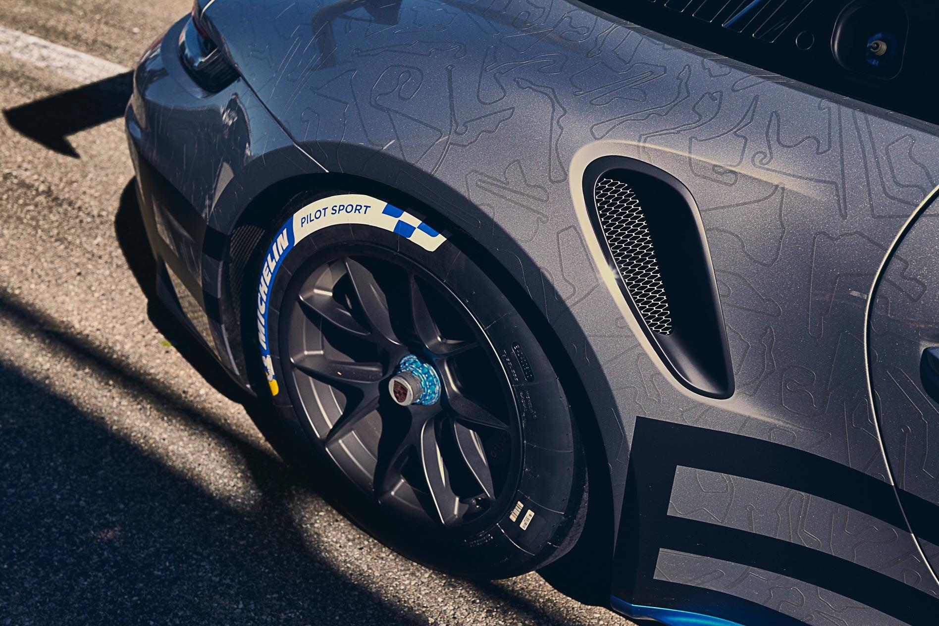 Porsche 911 GT 3 Cup Car 2021 16 Jpg