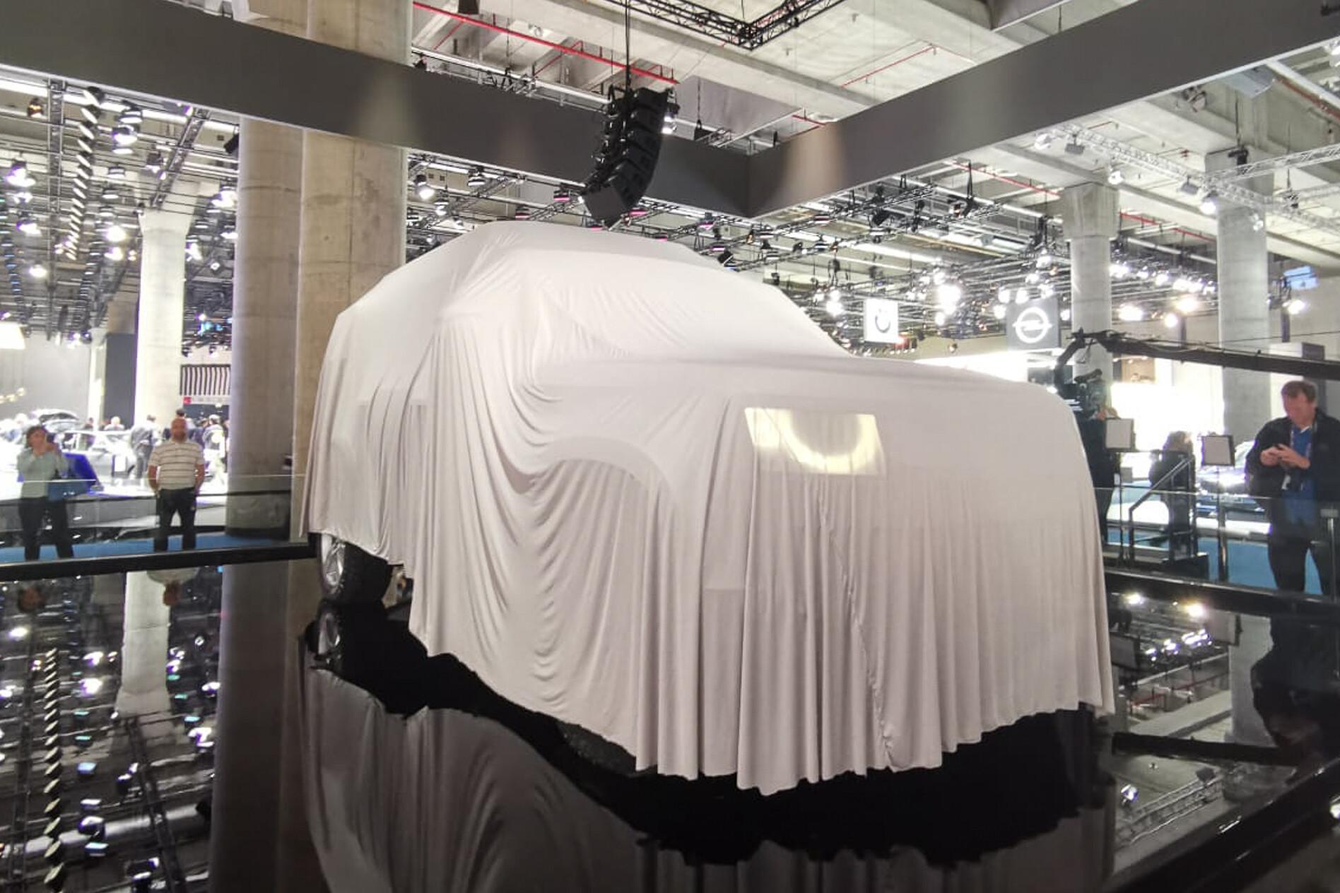 2019 Frankfurt Motor Show Land Rover Defender