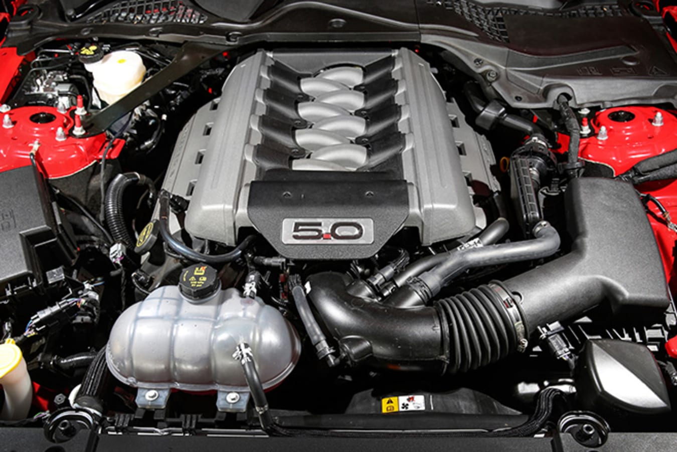 Ford Mustang V8 Engine