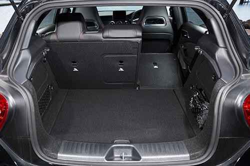 Mercedes-Benz A180 boot